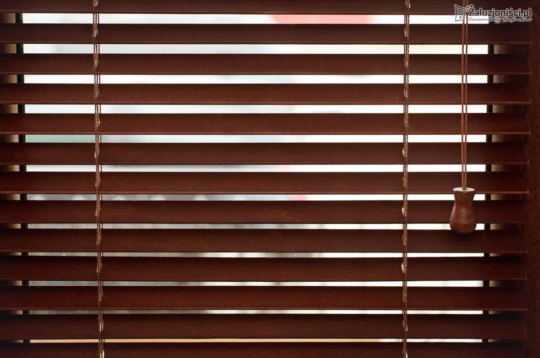 zaluzje-drewniane-25-010