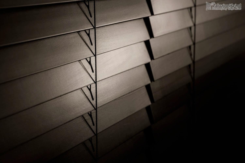 zaluzje-drewniane-004